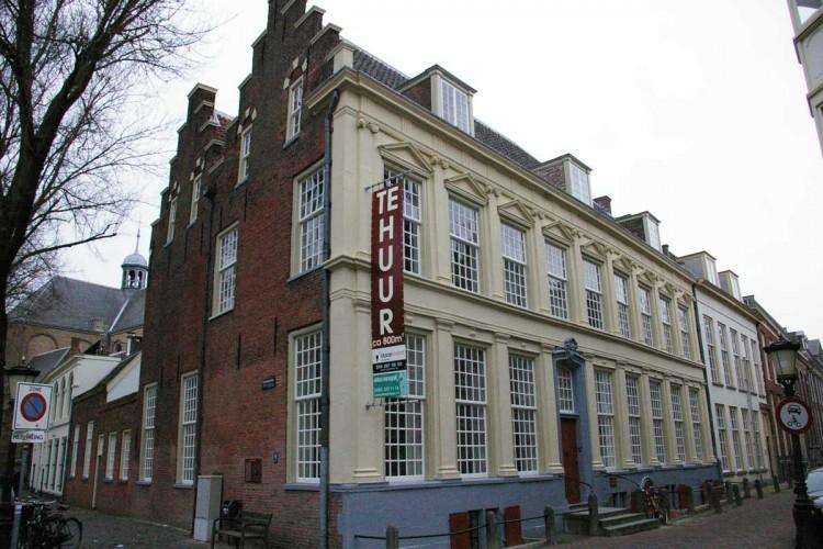 Kantoorruimte: Achter Sint Pieter 140 in Utrecht
