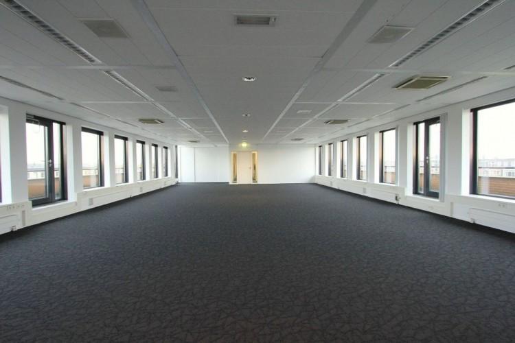 Kantoorruimte: De Bouw 117-123 in Houten