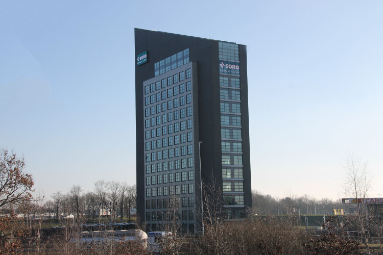 Ellen Pankhurststraat 1, Tilburg