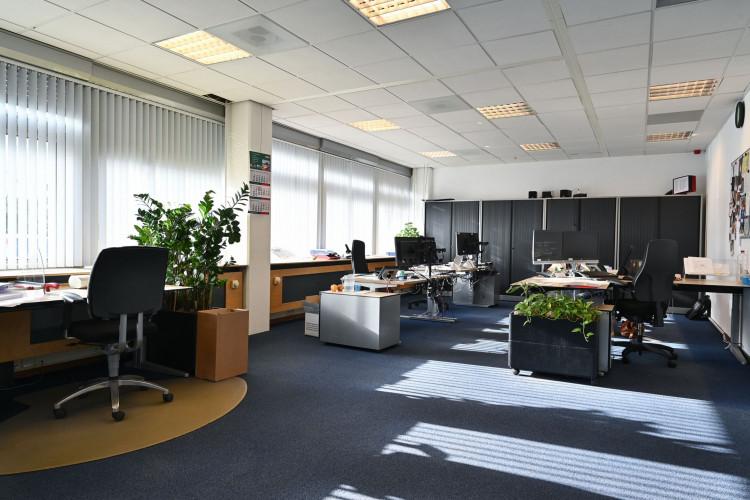 Kantoorruimte Limpergstraat 6, Rijswijk