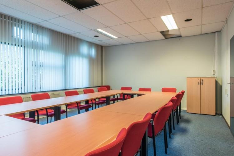 Kantoorruimte: Marshallweg 39-45 in Rotterdam
