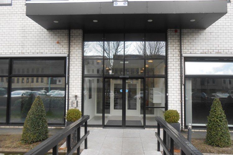 Bedrijfsruimte Naritaweg 12, Amsterdam