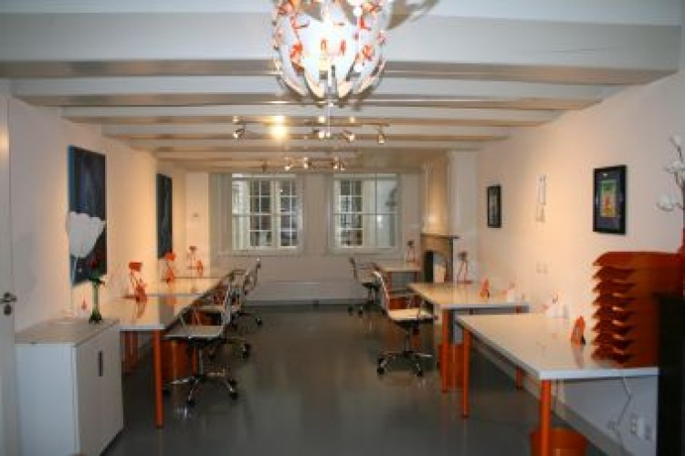 Bedrijfsruimte Oudezijds Achterburgwal 63, Amsterdam