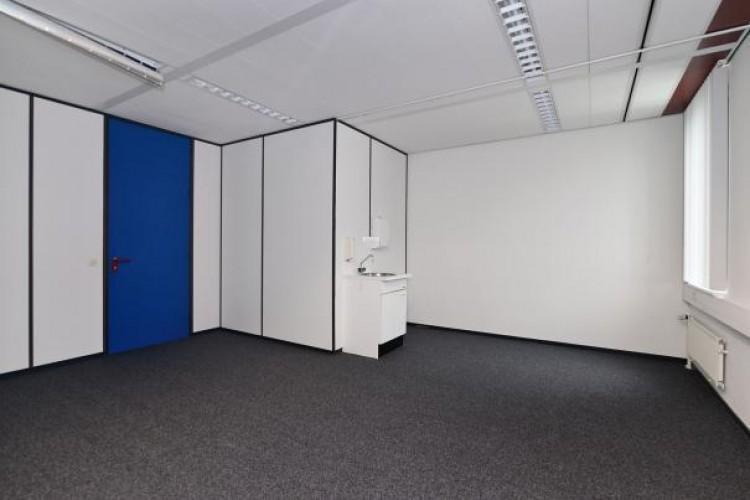Kantoorruimte: P Vineloolaan 46  in Bergen op Zoom