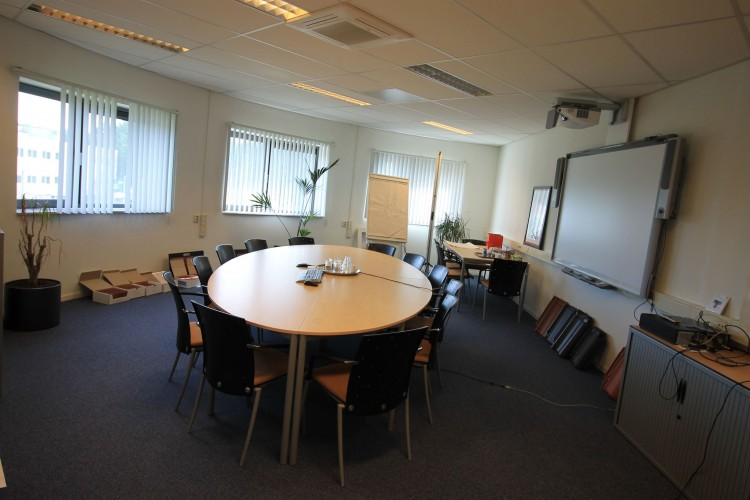 Bedrijfsruimte Televisieweg 2, Almere