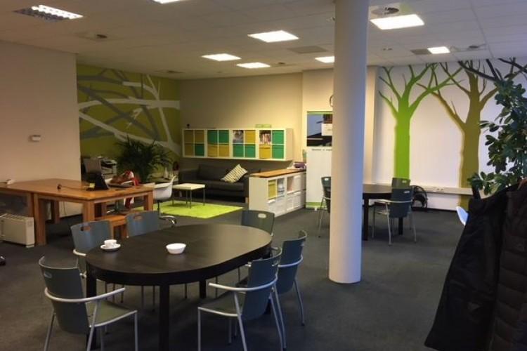 Kantoorruimte: Vuursteen 8 in Den Haag