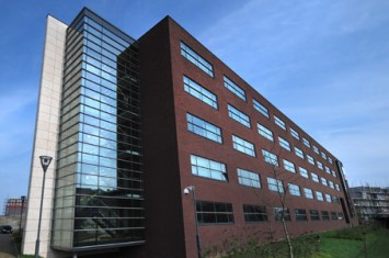 Bedrijfsruimte Ceresstraat 1, Breda