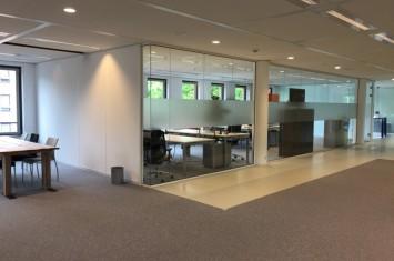 Industrieel kantoor Hoofdweg 258, Rotterdam