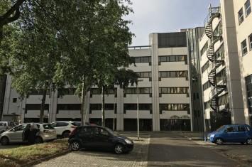Bedrijfsruimte Luxemburglaan 2, Zoetermeer