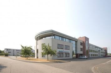 Bedrijfsruimte huren Panovenweg 1-40, Helmond
