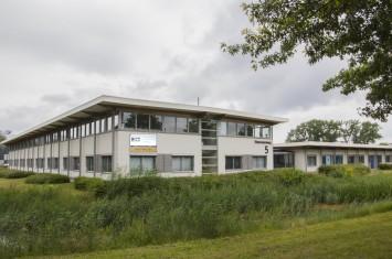 Bedrijfsruimte Steenovenweg, Helmond