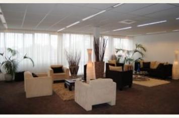 Bedrijfsruimte huren Van der Valk Boumanweg 178-180, Leiderdorp